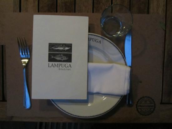 Lampuga Polanco: table setting