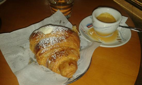 Pasticceria Bar Di Costanzo Alessio