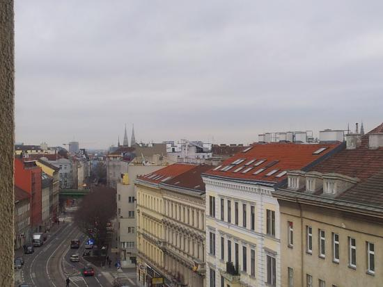 Hotel Exe Vienna: Вид из окна отеля