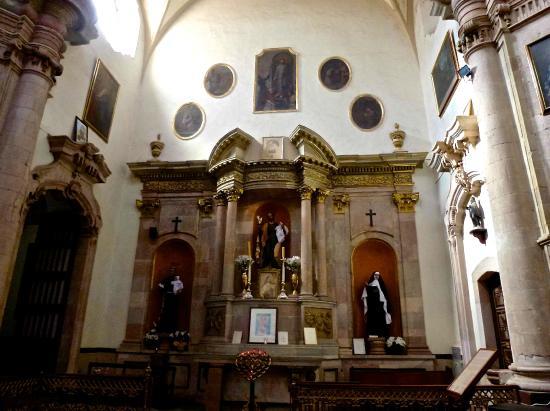 Church of San Diego (Iglesia de San Diego): Inside