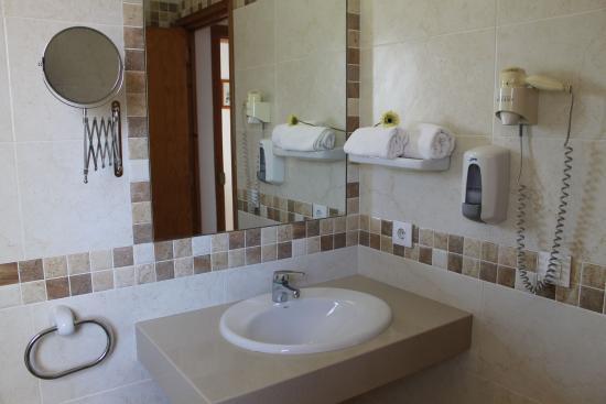 Apartamentos Sol Ponent: Baño