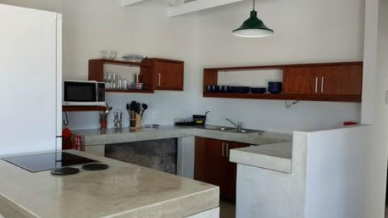Plett Beachfront Accommodation: Penthouse Kitchen