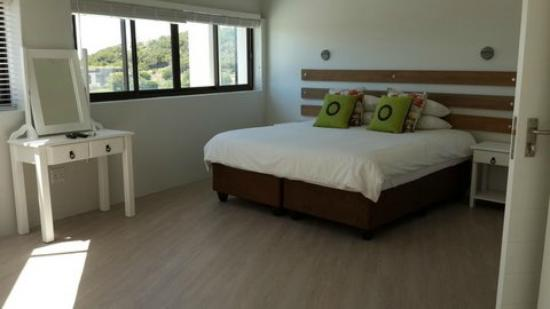 Plett Beachfront Accommodation: Penthouse Master Bedroom