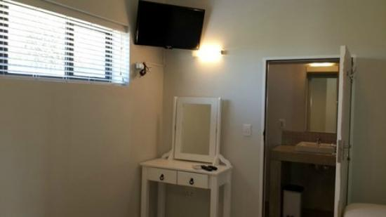Plett Beachfront Accommodation: Penthouse 2nd  bedroom en-suite