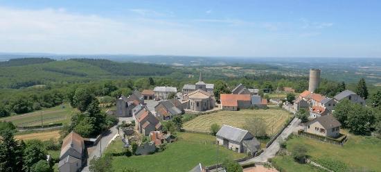 Creuse, France : Village de Toulx-Ste-Croix ©Saison d'Or
