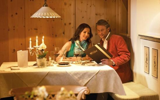 Hotel Alpenhof Hintertux : Abendessen in der Stube
