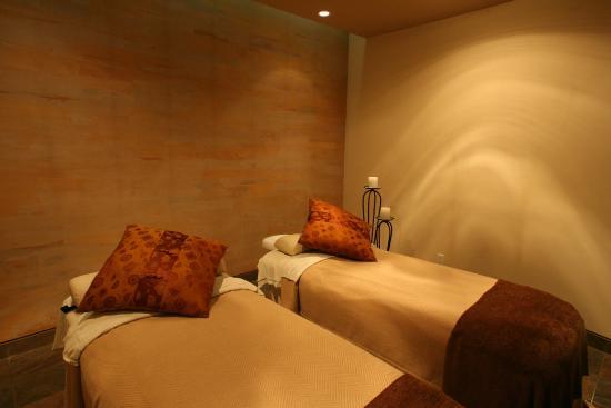 Elements Spa: Massage Room