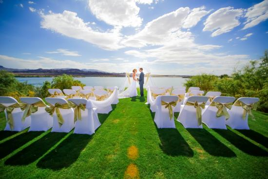 The Nautical Beachfront Resort Golf Course Wedding