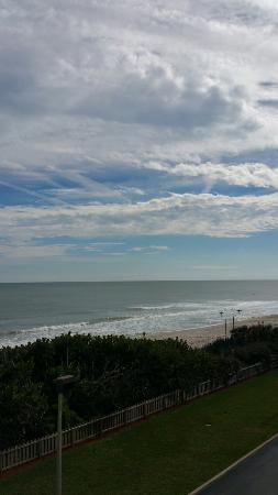 Hilton Melbourne Beach Oceanfront: Ocean view from 3rd floor/ full balcony