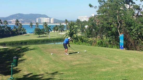 Campo de Golf Ixtapa: 15th Tee