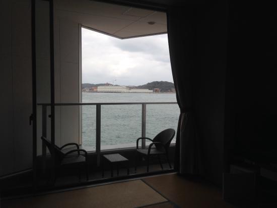 Moji Port: 海側の部屋
