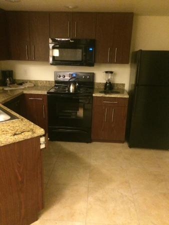 The Grandview at Las Vegas: kitchen area