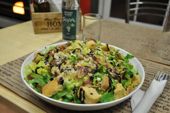 Meat And Salad - MAS: Yeeros and Greek Salad