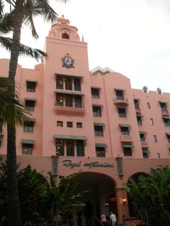 The Pink Hotel Of Hawaii Picture Of The Royal Hawaiian A Luxury Collection Resort Waikiki Oahu Tripadvisor