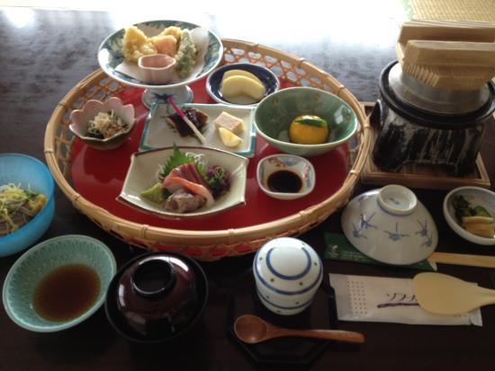 Kokuminshukusha Irohajima : 日帰り食事休憩プランの部屋食