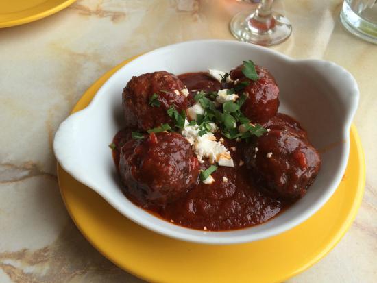 Mamma Mia's : meatballs