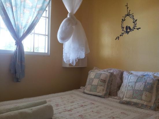 Bed and Breakfast Villa Riviera: bedroom