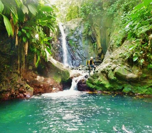 Canyon guadeloupe deshaies all you need to know before for Aquatic sport center jardin balbuena