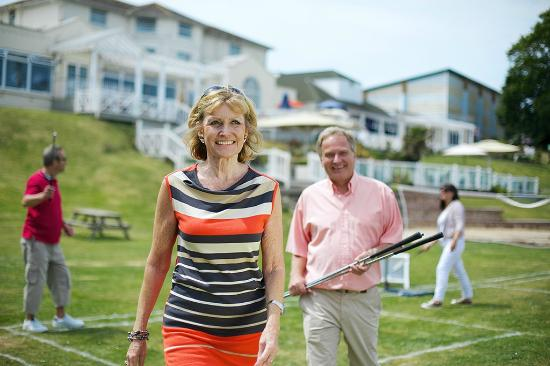 Warner Leisure Hotels Norton Grange Coastal Resort: Waterside Games Lawn