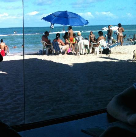 Biruta: Vista para a praia