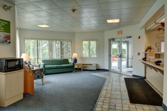 Motel 6 Providence - Warwick : Lobby