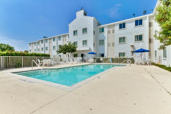 The 10 Best Hotels In Lewisville Tx For 2017 With Prices From 52 Tripadvisor