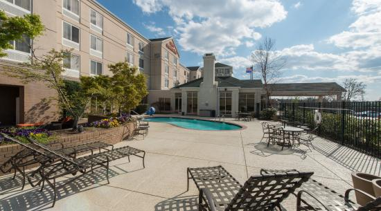 Hilton Garden Inn Auburn/Opelika: Outdoor Pool & Patio