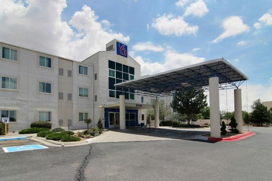 Motel 6 Albuquerque North : Exterior