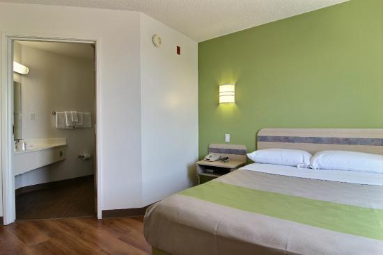 Motel 6 Albuquerque North: Guest Room