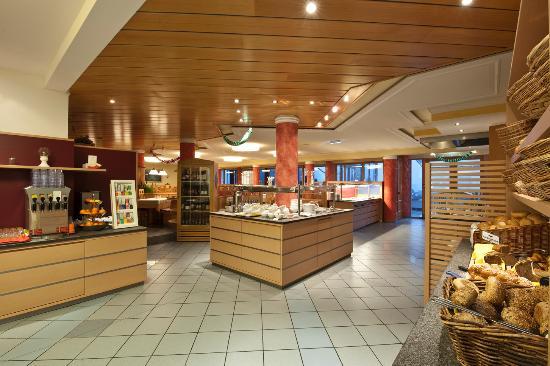 Hotel Brennseehof: Buffet-Bereich