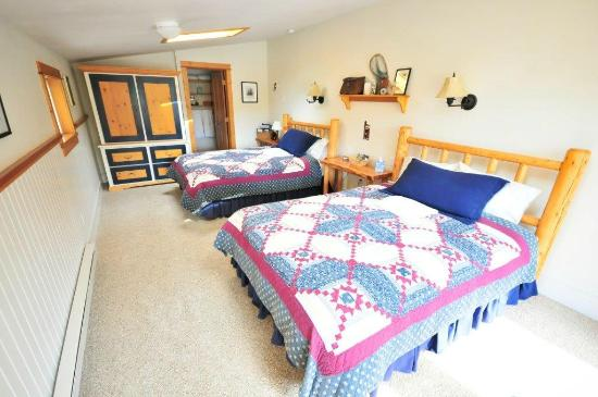 Healing Waters Lodge: Granny Yates Guest Room