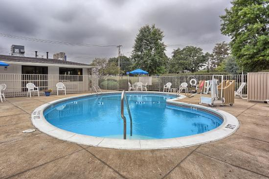 Motel 6 Harrisburg - Carlisle: Pool