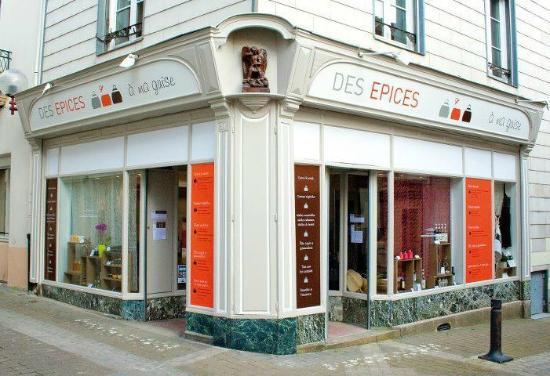 Ancenis, France: La façade en coin