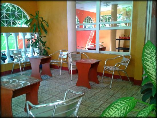 Backpackers Manahuac: Coffee Shop