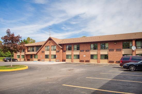 Motel 6 - Syracuse