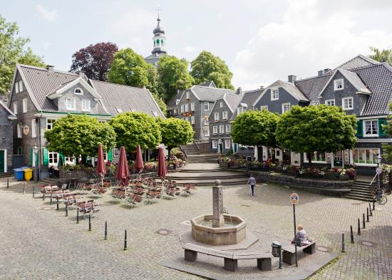 Badgalerie picture of hotel grafrather hof solingen for Hotel in solingen