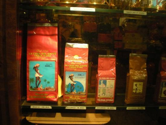 La Casa del Caffe Tazza d Oro: Some of different packaged coffee blends on offer