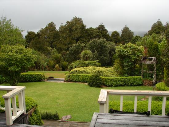 Waipoua Lodge: grounds