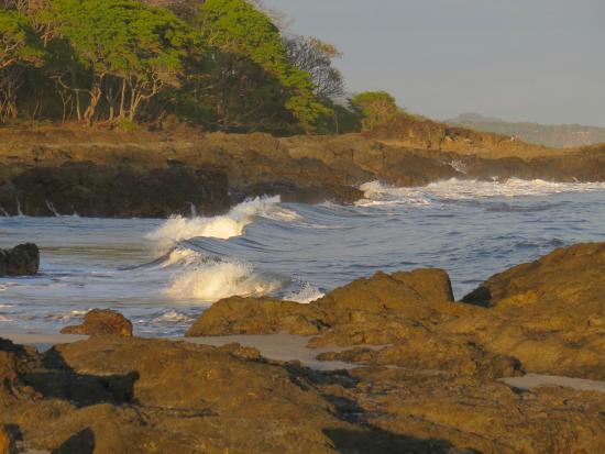 Agua Vista: Beach near turtle hatchery
