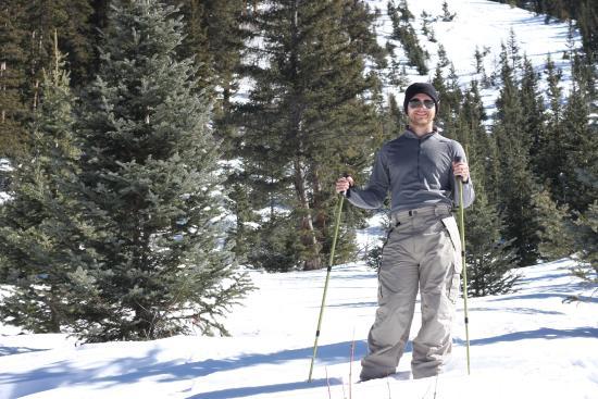 Taos Snowshoe Adventures : On the trek