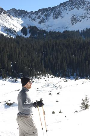 Taos Snowshoe Adventures : Taking in the view