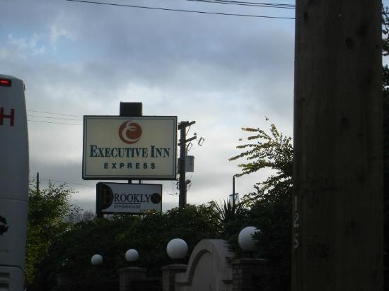 Executive Inn Express Richmond: entrada