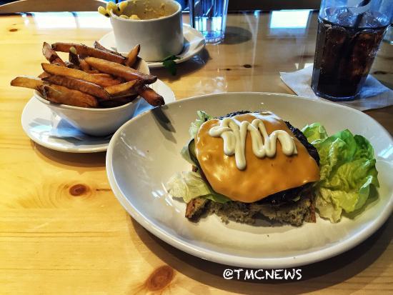 Good Burger Odd Choices Review Of Bar 145 Avon Oh