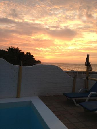 Claro de Luna Hotel: Sundown