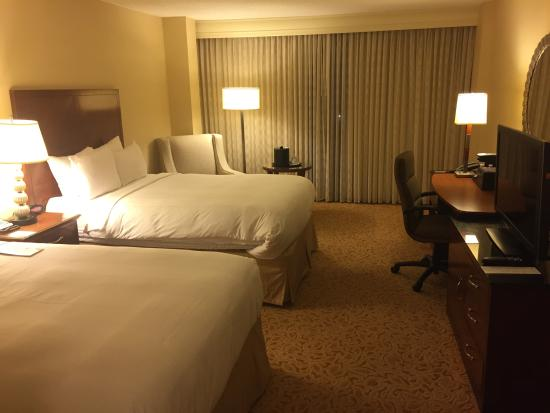 Dallas/Addison Marriott Quorum by the Galleria : Room with Two Double Beds