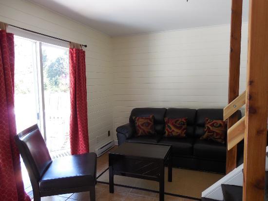 Денман-Айленд, Канада: sitting room