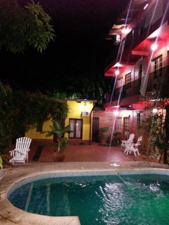 Puerto Canoas: pileta