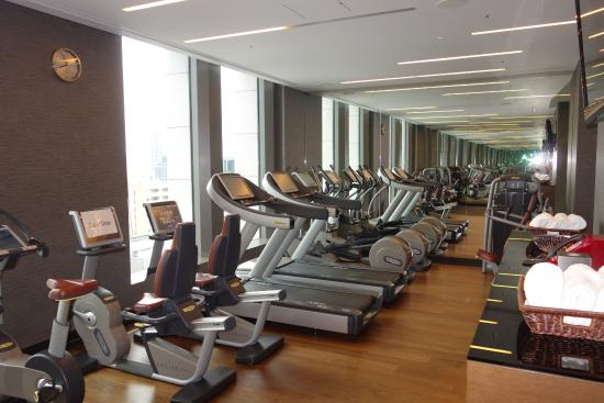 Gym small but functional picture of the st regis for Design hotel osaka