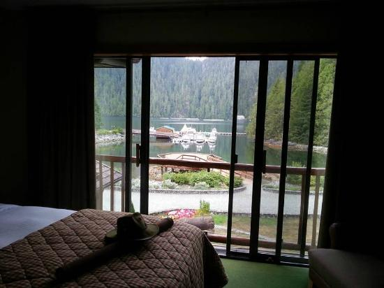 Eagle Nook Resort: All rooms have a water view