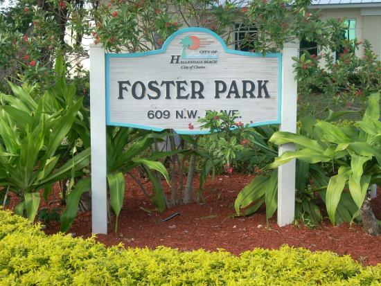 ‪Foster Park‬